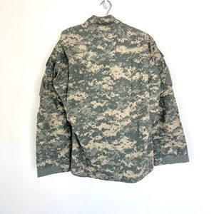 Jackets & Coats - 🔥NWT US ARMY ISSUE Digi Camo Med Combat  Jacket